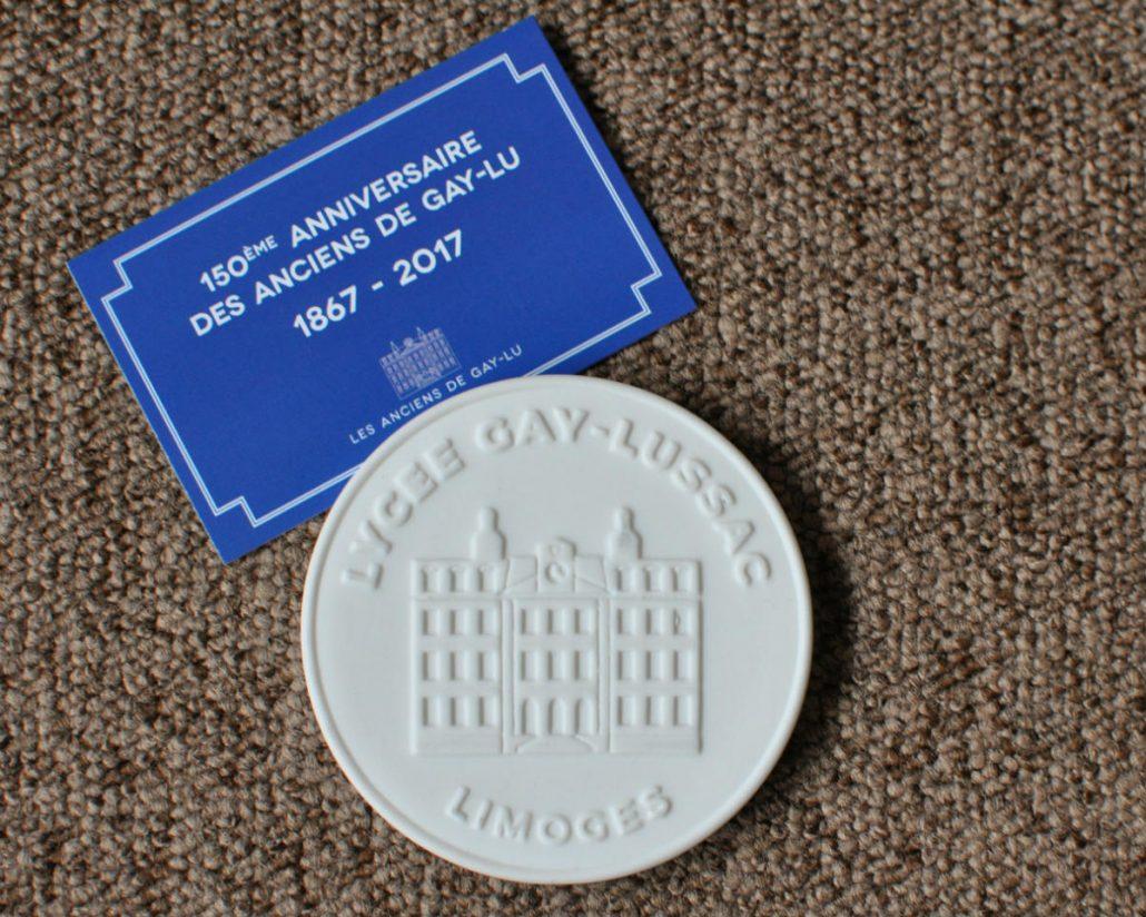 Médaille commémorative en porcelaine